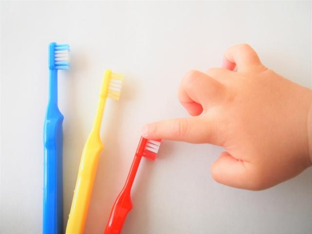 歯磨き粉はいつから?スタートに最適な時期と選び方